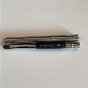 MAC lip brush